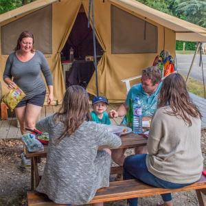 camping à rochefort en terre