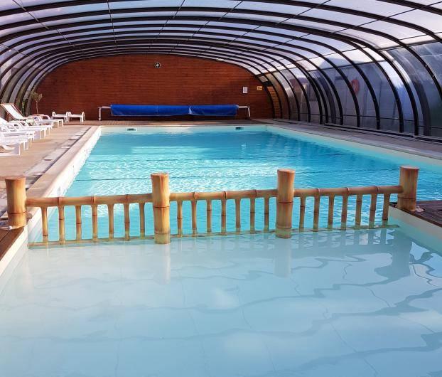 camping piscine couverte bretagne