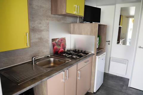mobil-home-glycine-cuisine-4-personnes-camping-au-gre-des-vents