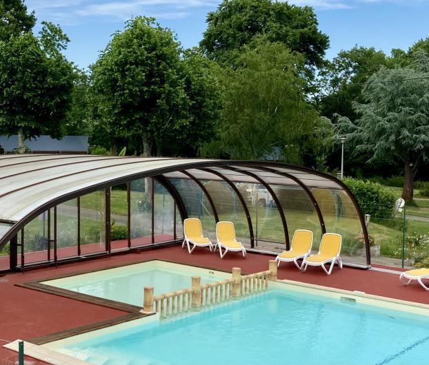 Camping piscine couverte chauffée morbihan